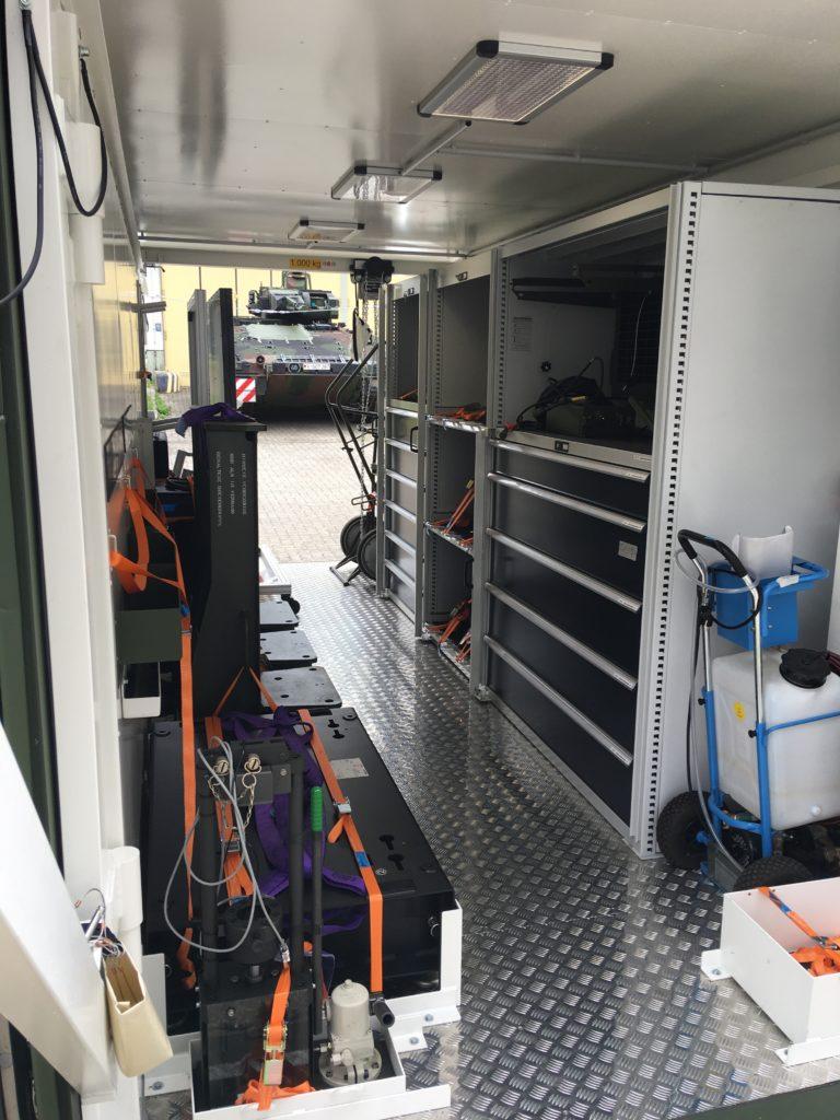 Blauer Bund Sonderwerkzeugcontainer SPz PUMA