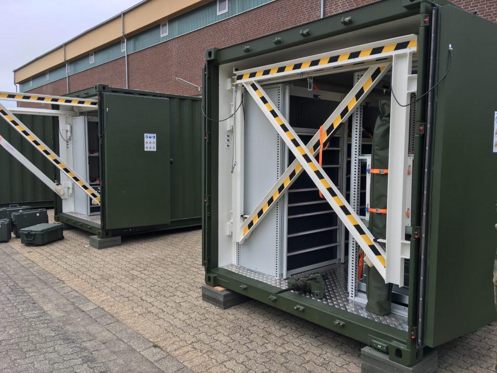 Blauer Bund Sonderwerkzeugcontainer 1 und 2
