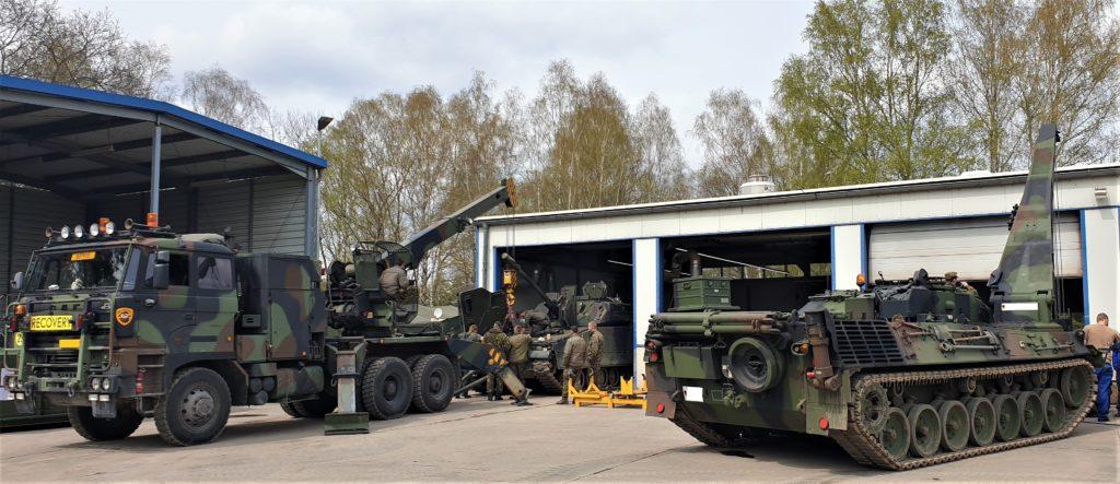 Instandsetzungsarbeiten parallel an DEU und NLD Fahrzeugen